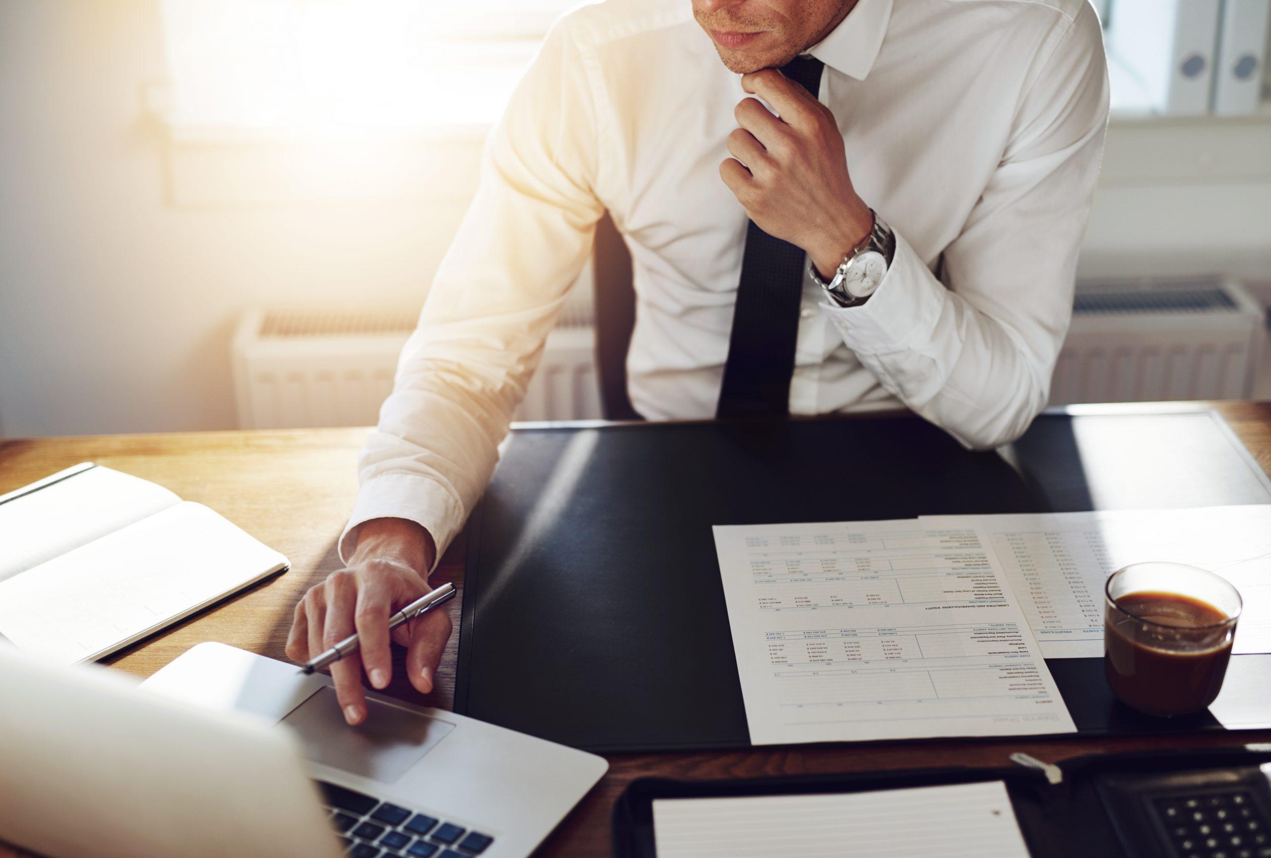 Qui a le droit de faire la comptabilité d'une entreprise?
